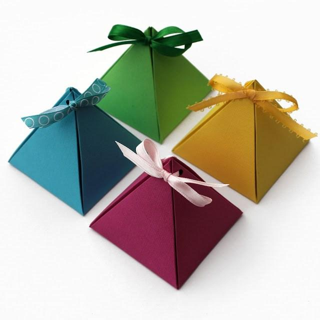 Paper pyramid wrapping