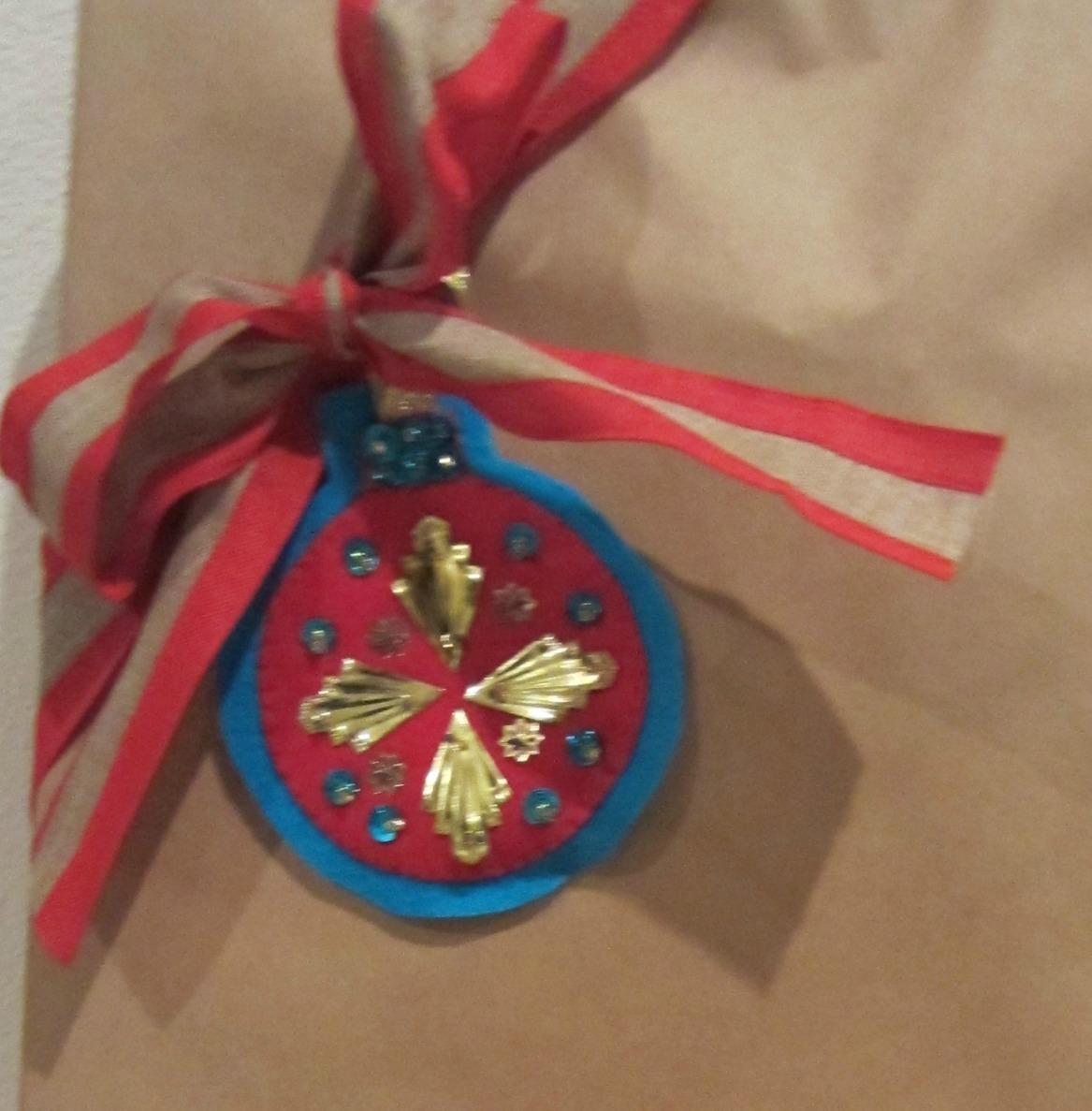 Retro Felted Christmas Ornament