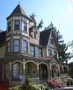 Pacific Northwest Quilt and Fiber Arts Museum