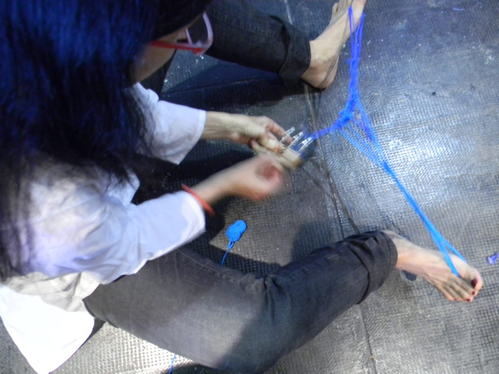 Gabi weaving on her feet
