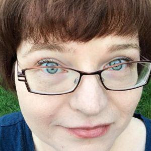Lynn Krawczyk head shot pre cancer