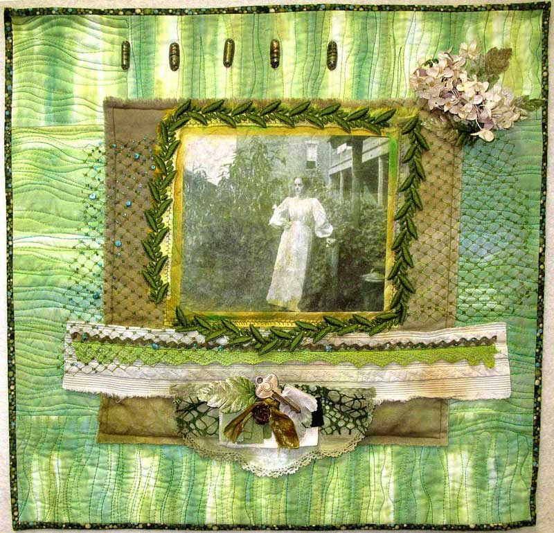Green Quilt with old family picture