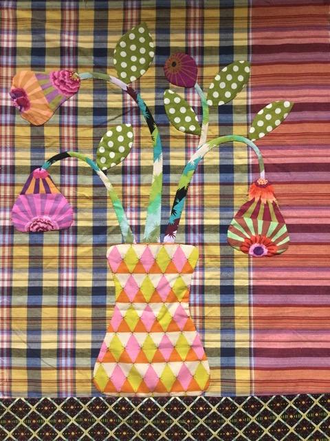 Flowers quilt in plaids