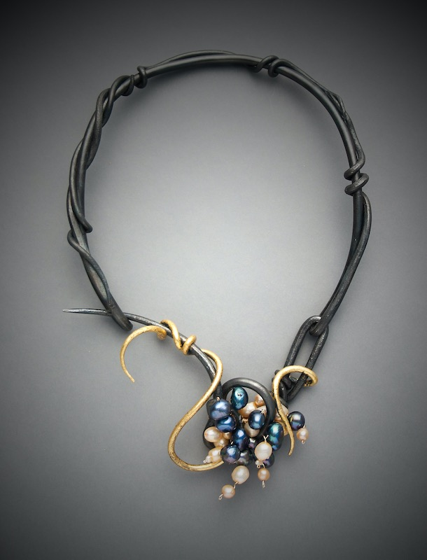 Black and gold wire with pearl necklace