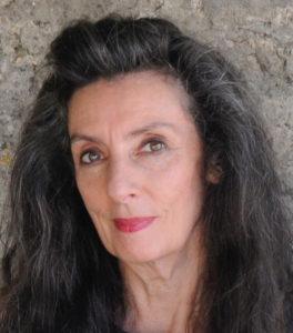 Lynne Curran headshot