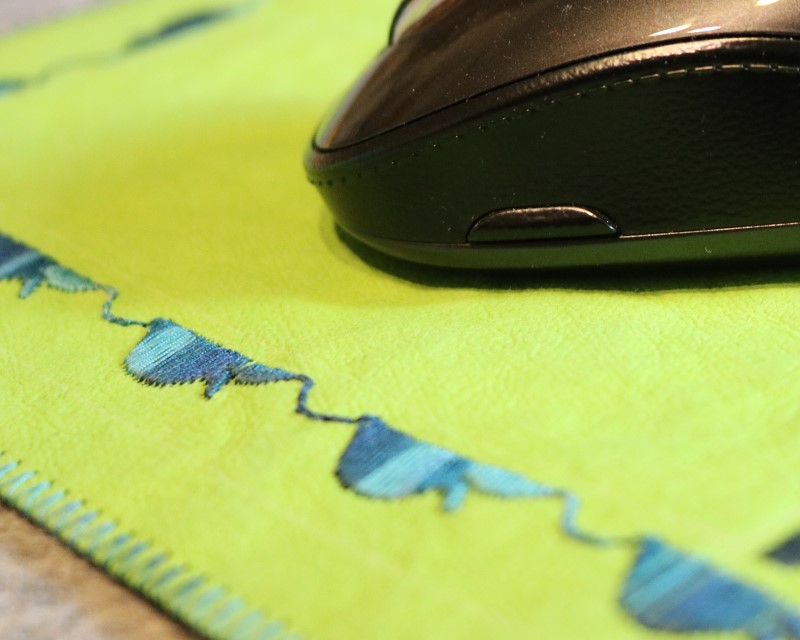 Kraft-tex mouse pad detail