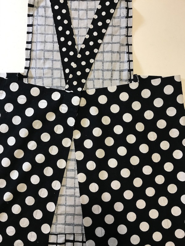 Finished back to pinafore apron