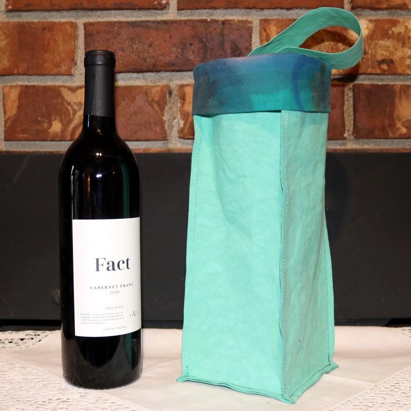 Kraft-tex Wine Bag-Wine next to bag