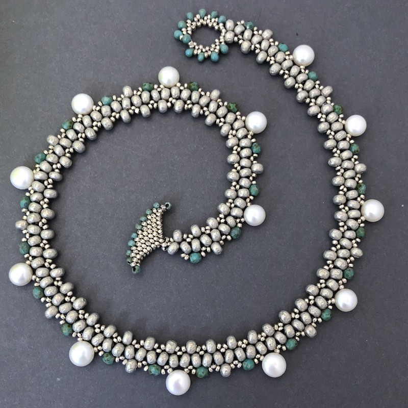 Necklace beaded with Beth's Bella pattern
