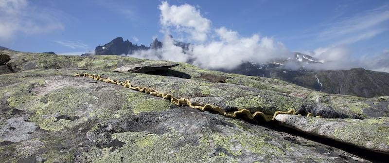 Crochet in crack lines in Norway
