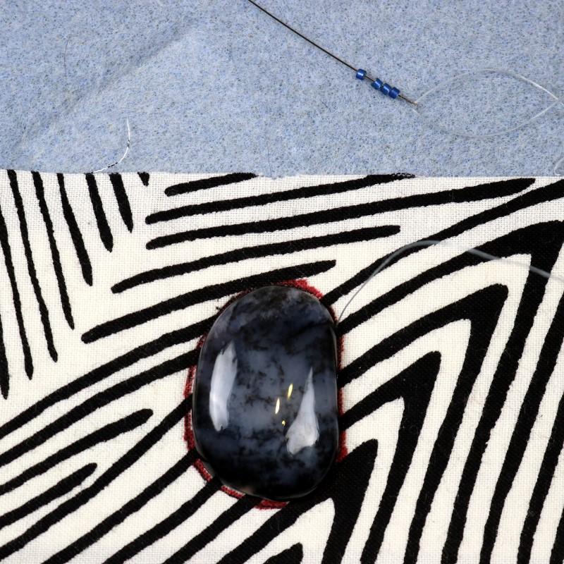 Bead Embroidery Cabochon Bezel-8-Load 4 Beads on Needle