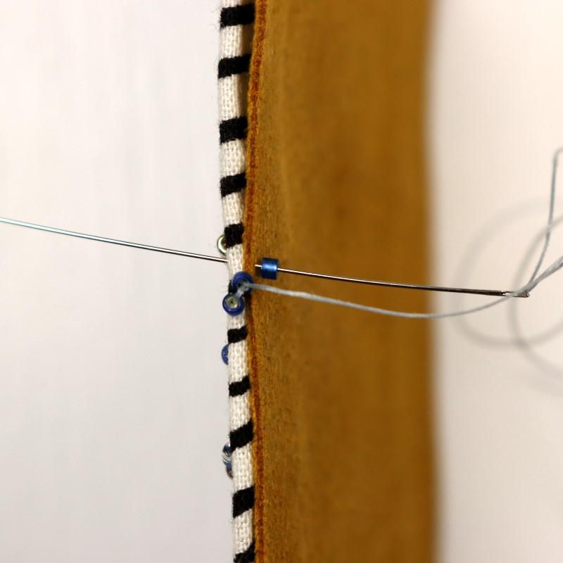 Bead Embroidery Brick Stitch Edge Brick Stitch-5-Pick Up 1 Bead Stitch Back to Front