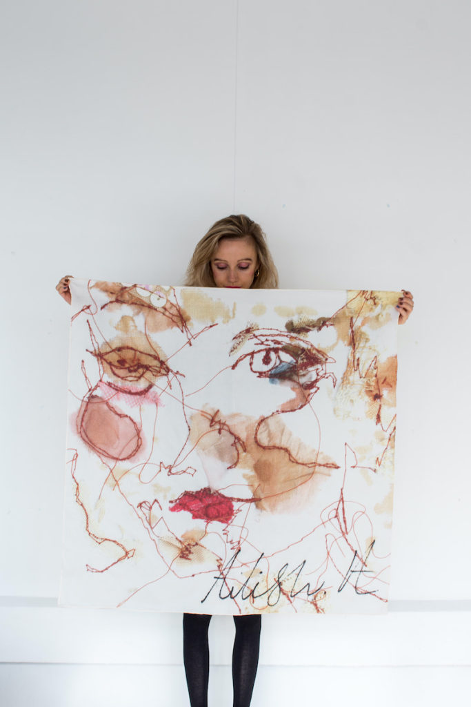Large face scarf