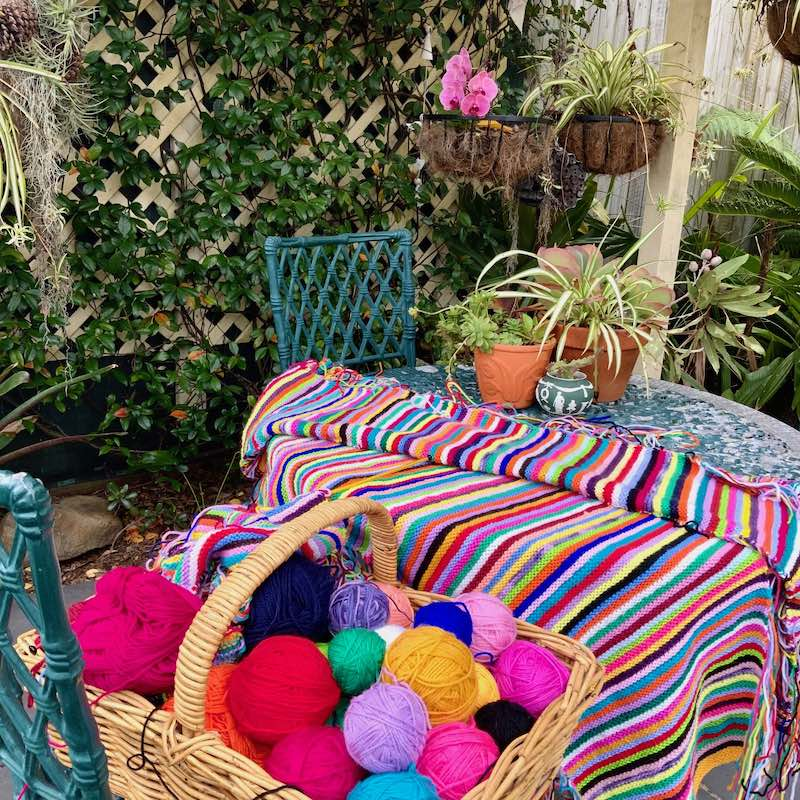 Knitting a blanket of bright colors