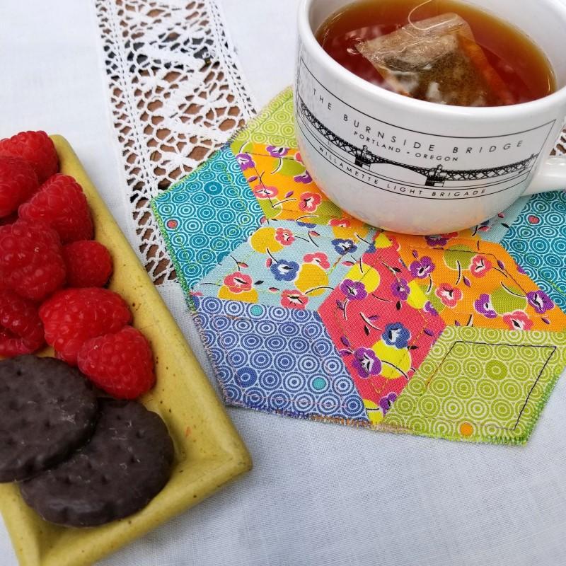 Make an EPP Mug Rug - EPP Mug Rug with Snack 3
