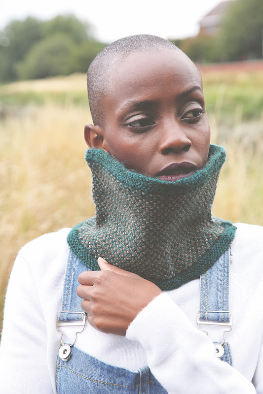 Green knitted cowl