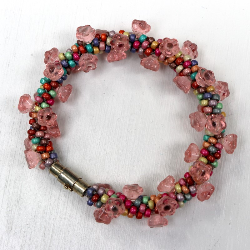 How to Make Kumihimo Bracelet with Flower Beads