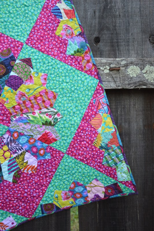 Quilt closeup turquoise and hot pink