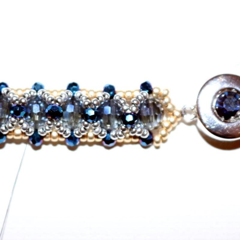 Looking Glass Bracelet weave thread ends